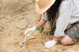 How to Become an Anthropologist or Archaeologist