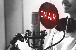 How to Become a Radio or Television Announcer